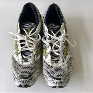 Mizuno wave creation 12 running sneakers